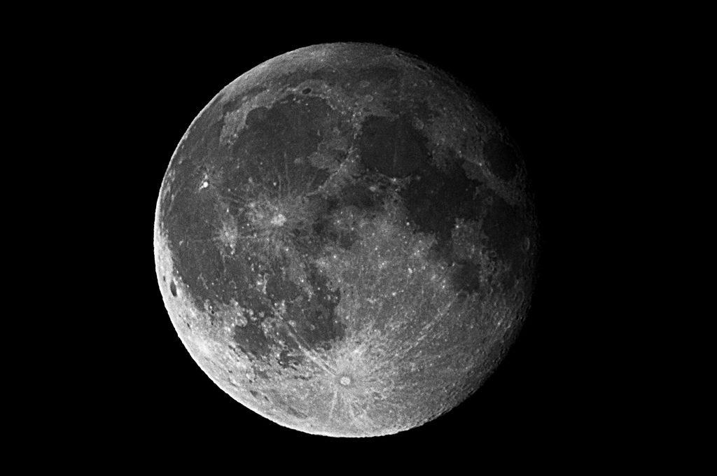 Luna. Foto: Oleg Zaytsev / Flickr (Creative Commons)